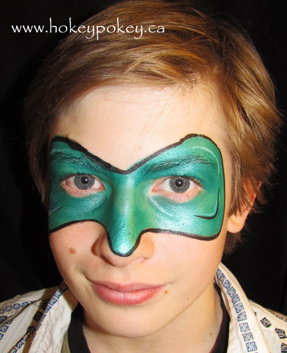 Superhero face painting idea - Green Lantern