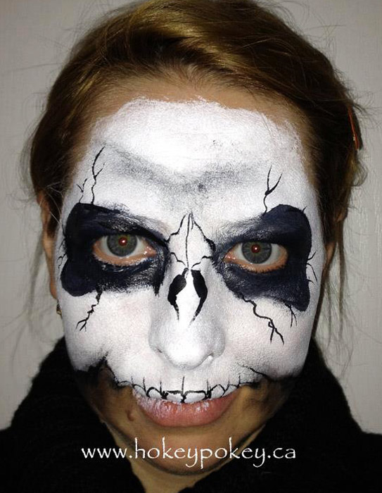 Popular halloween face paint - skull face paint